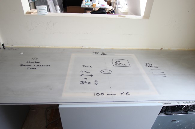 Correx ® (corex) Corrugated Plastic Plain Sheet 700MM X 3000MM X 3MM (400 sheets)